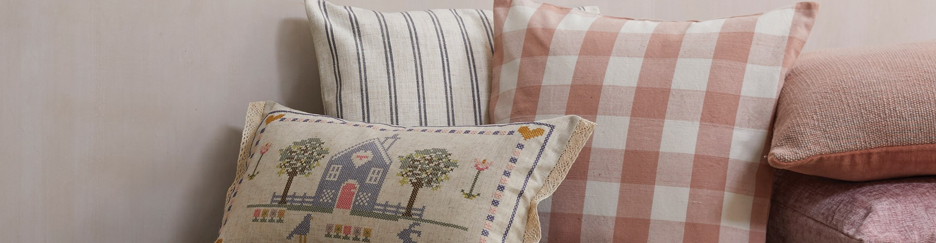 Homestead Cushions